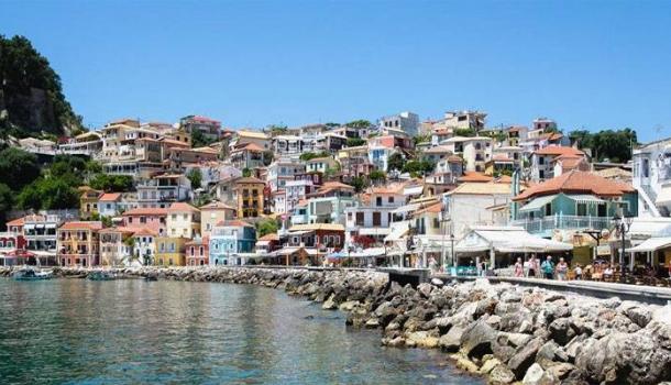 Sommer 2020: Tirol fliegt auf Griechenland